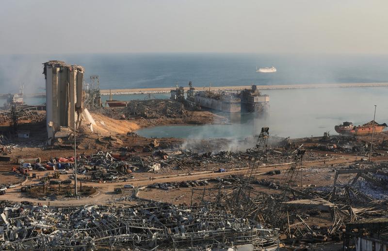 爆炸之后的贝鲁特港口