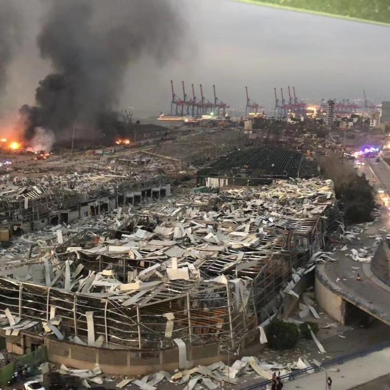 受访者拍下的贝鲁特大爆炸后